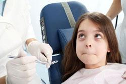 Лечение неполного вывиха постоянных зубов